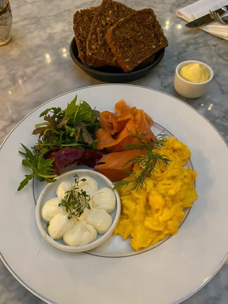 eggerøre og laks